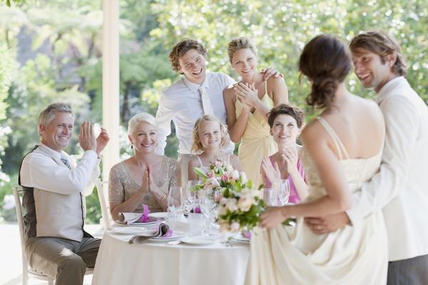 結婚式は40人のゲストでも大丈夫!少人数結婚式の費用やメリットをご紹介