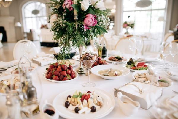 結婚式の料理がしょぼい・ひどいと思われてしまう要因を紹介!